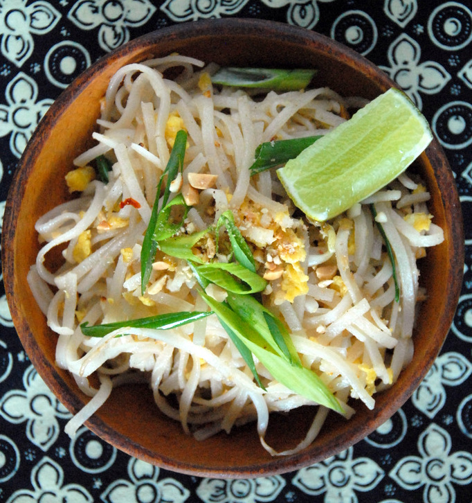 above pad thai-001